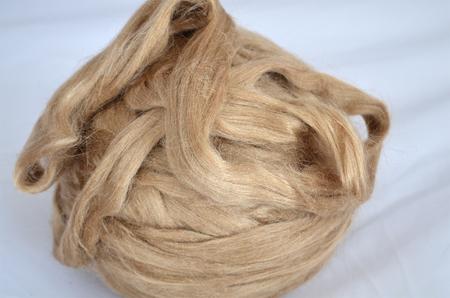 Jedwab morwowy brązowy (1)